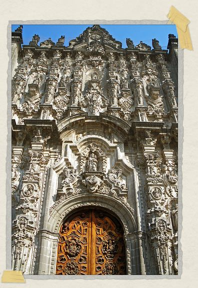 'A beautiful door to the Catedral Metropolitana